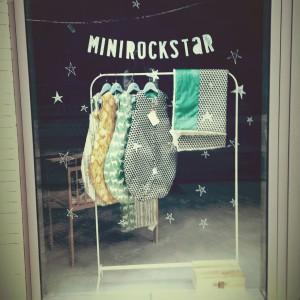 minirockstar1